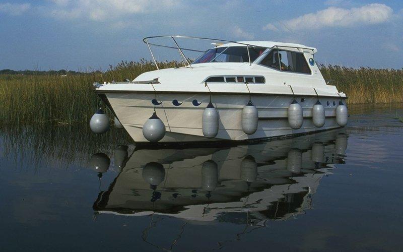 Wave Duke Klasse Hausboot - Bootsferien Irland