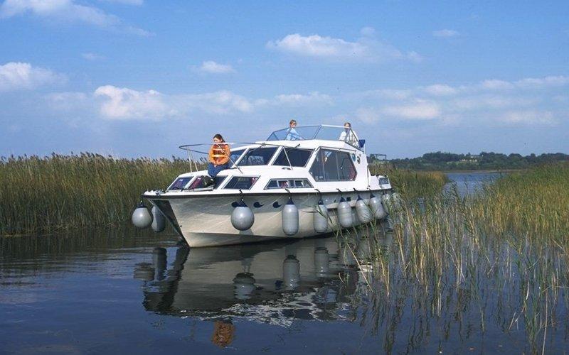 Wave Earl Klasse Hausboot - Bootsferien Irland